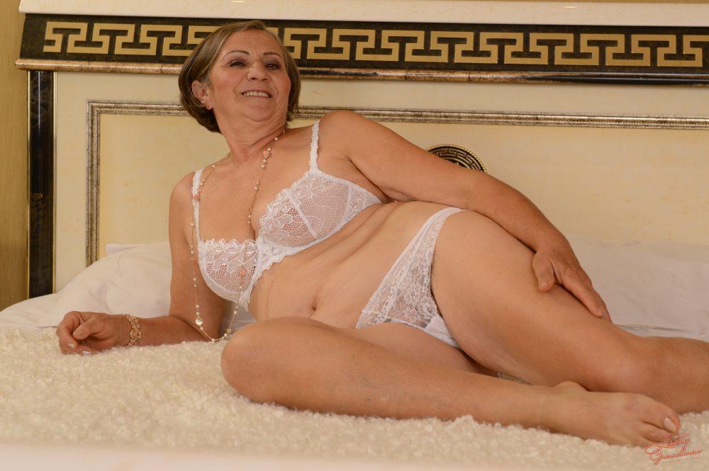 Nude woman wresling nude